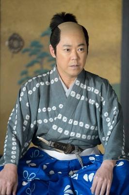 「直虎」阿部サダヲ、海老蔵演じる信長に『殺気を感じた』