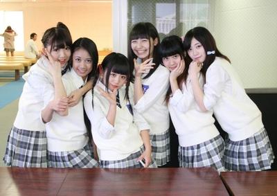 ぴっちぴちでキラッキラ☆ 富山のご当地アイドル・ビエノロッシが都内イベントにやって来た!