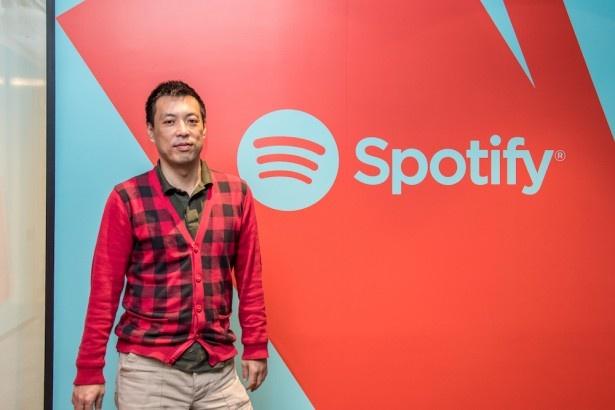 スポティファイ本社でアーティスト&レーベルサービス部門のディレクター・野本晶氏に話を聞いた