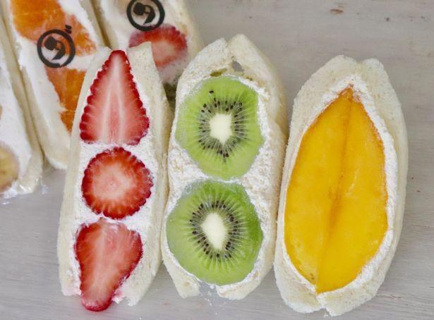 ダイワで大人気の生フルーツサンド