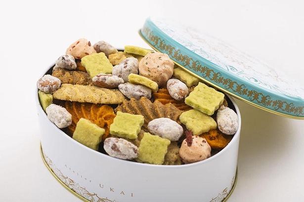 """【写真】フールセック・サレ缶の""""サレ""""とは、フランス語で塩味という意味"""