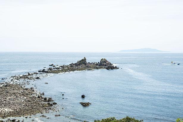 真鶴半島最南端の三ツ石
