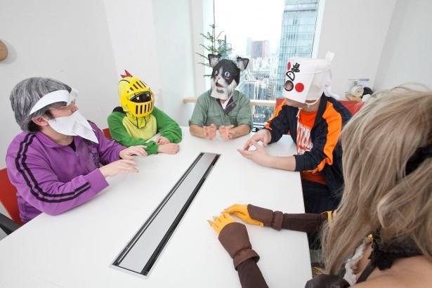 「初心者にもオススメのゲームを教えて」という質問に対し、互いに意見を出し合う「いい大人達」のメンバー
