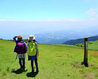 【行ったつもりハイキング】壮大な琵琶湖の眺めと山岳風景を同時に満喫「滋賀・蓬莱山」