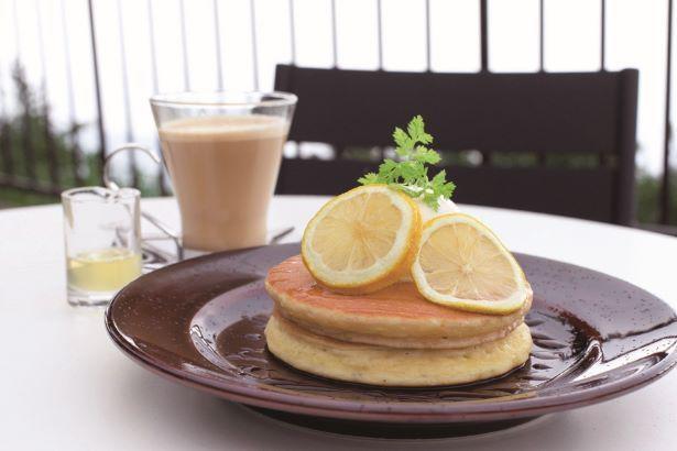 ホットケーキはちみつレモンソース ドリンクセット1050円 (税込)