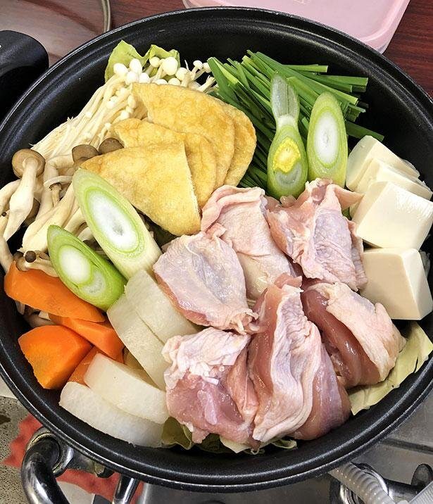 鶏塩ちゃんこ鍋(1人前1000円)。写真は2人前