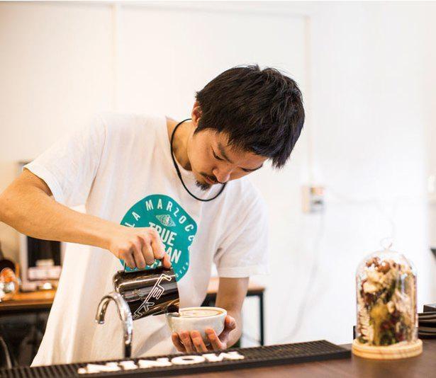 「コーヒーフェスト ラテアート世界選手権」準優勝など数々の競技会で結果を残す安藤貴裕氏