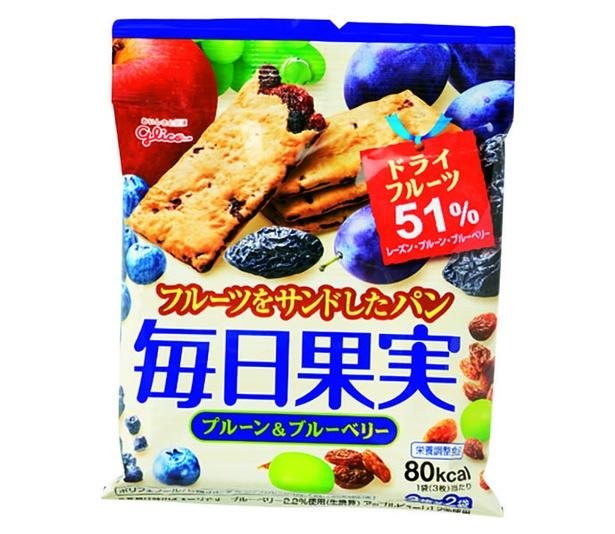 毎日果実 プルーン&ブルーベリー(江崎グリコ、オープン価格/ 3枚×2袋   80kcal/1袋当たり)