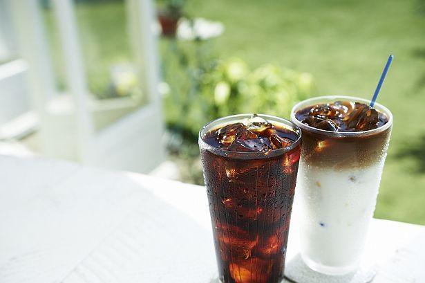 キャラメルソースをかけるのもGOOD!「アイスコーヒー マキアート」