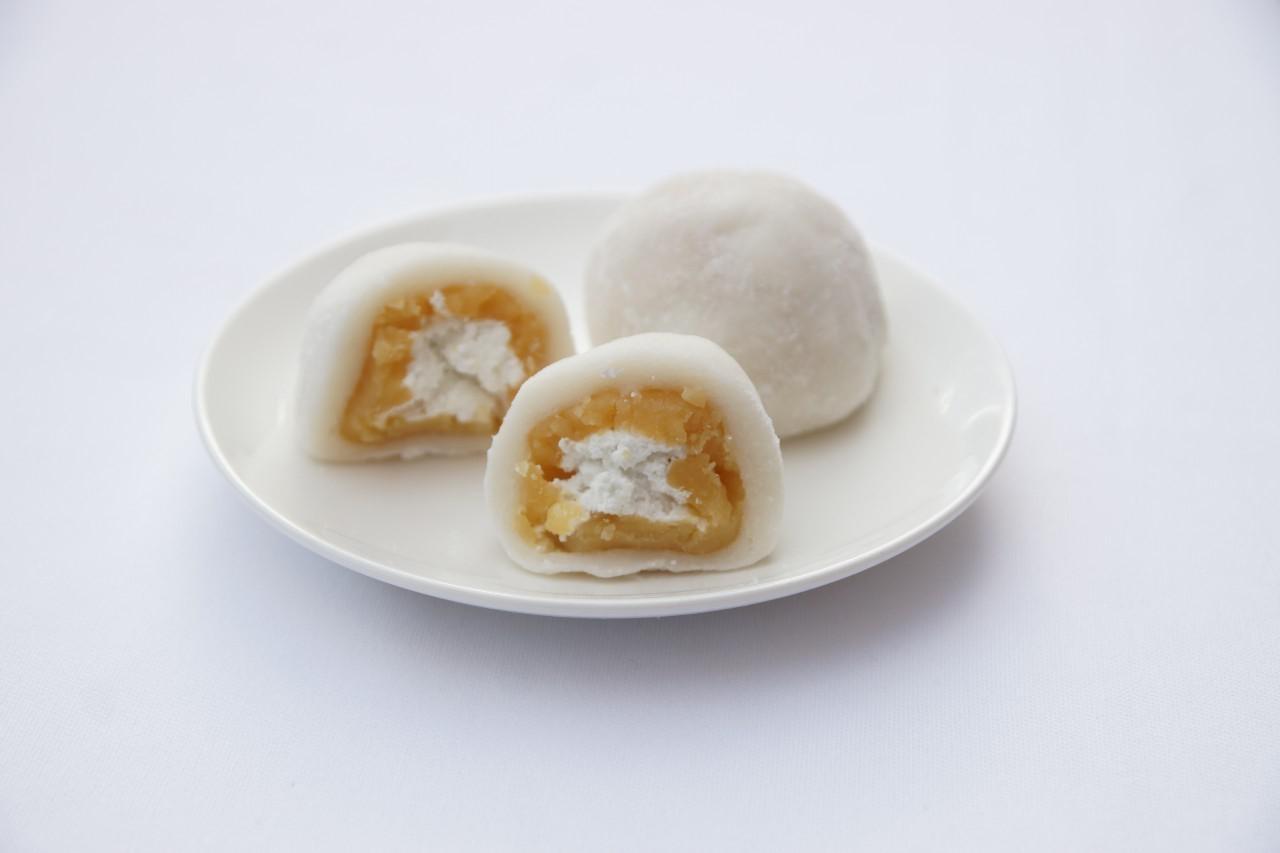 徳島県産の鳴門金時芋と生クリームのバランスが絶品の「鳴門金時大福」(280円)