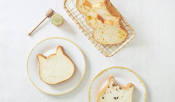 大人気の食パン専門店「ねこねこ食パン」の商品もそろう