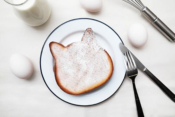 優しい甘さの 「フレンチトースト」(1枚 250円)