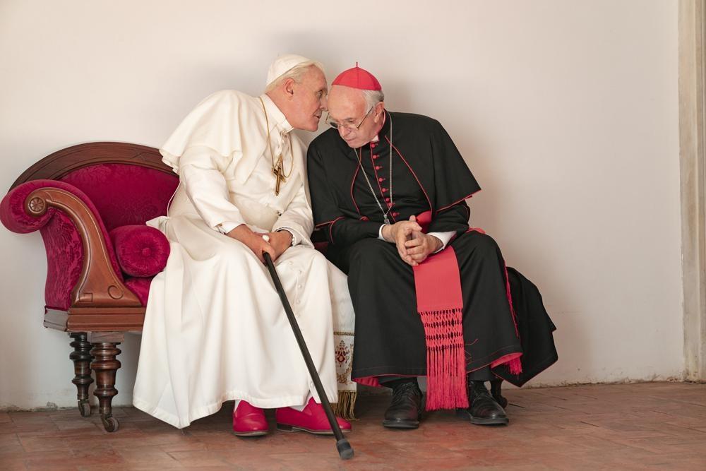 アンソニー・ホプキンスとジョナサン・プライス、名優二人の味わい深い演技は必見!(『2人のローマ教皇』)