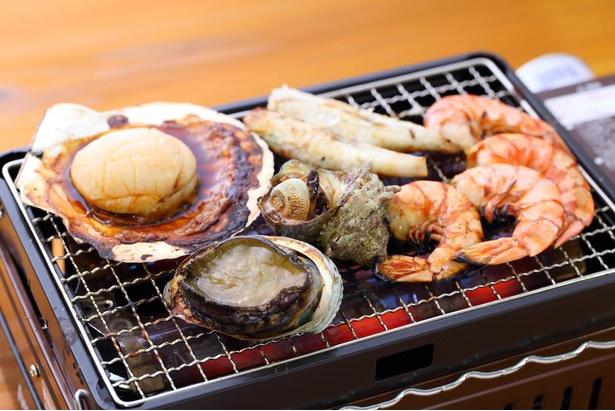 国産あわび・ふぐ・ホタテ・エビなどが味わえる「ご馳走セット」(税込3850円)