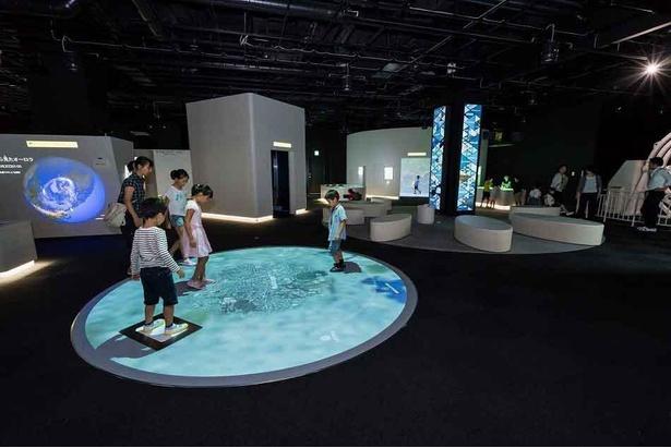 【写真】5階基本展示室ではさまざまな方面からアプローチした地球の姿などが見られる