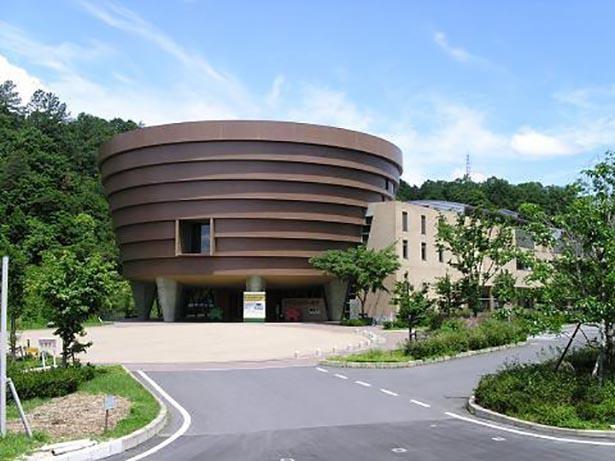 2階にあるサイエンスショー会場は200名の収容が可能