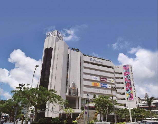 【写真】あらゆる世代で賑わう沖縄県内唯一の百貨店