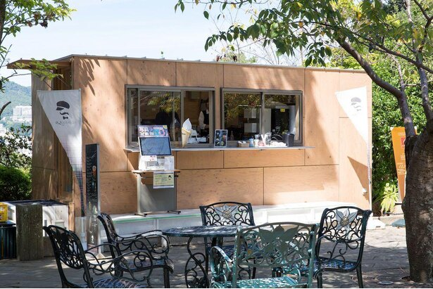 「グラバーカフェ」で、緑豊かな空間の中でゆっくり休憩を
