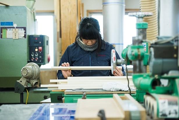 オークヴィレッジの商品の製作を通して、実践的なモノ造りを学ぶ