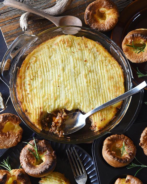 イギリスの家庭料理「シェパーズパイ」と「ヨークシャプディング」