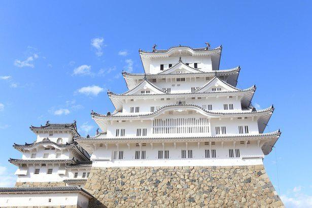 白鷺城の異名を持つ世界文化遺産で歴史や絶景を堪能しよう