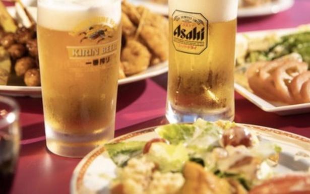 【写真】豪華な食事と冷えたビールで心身ともにリフレッシュ
