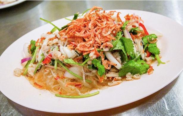 アジアの屋台料理を気軽に食べにいける! / 酒とアジア屋台料理 アローイ兄弟