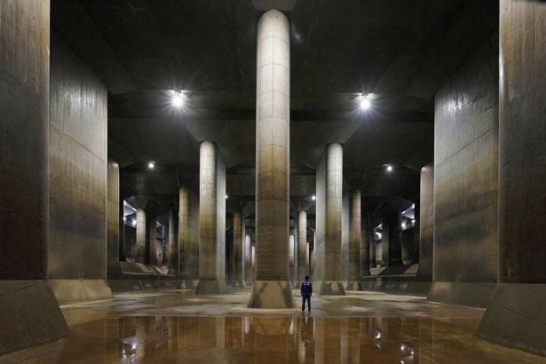 【写真】まるで巨大な地下神殿、壮厳な雰囲気の「首都圏外郭放水路」