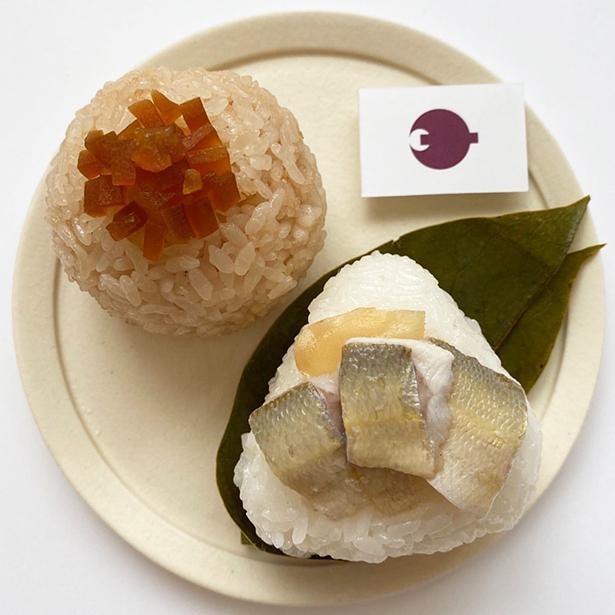 「奈良おにぎり」は「茶飯おにぎり」と「柿の葉寿司風おにぎり」