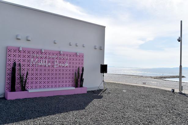キャンプ寄りのホテルという新しい試み『URBAN CAMP HOTEL Marble Beach』
