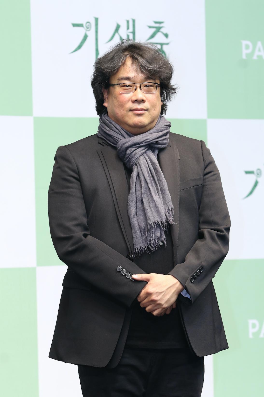 【写真を見る】『パラサイト』でアカデミー賞受賞のポン・ジュノ監督が手掛け、記録的な大ヒットに!