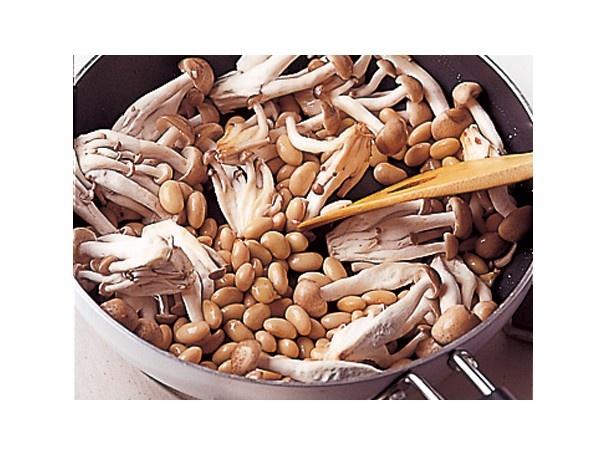 大豆は火を通すことで、さらにホクホクとした食感に