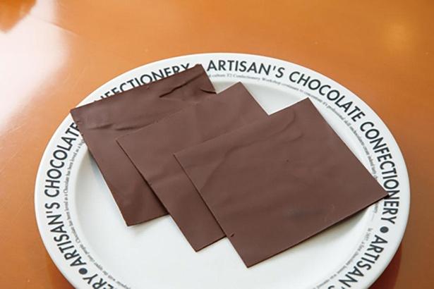 良質な原料を使って自社工房で作る板チョコレート / T2の菓子工房