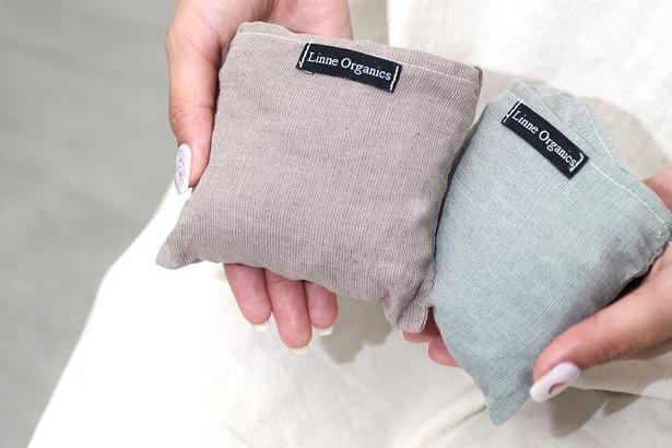 使わないときは小さく畳んで、付属の内ポケットにしまっておこう