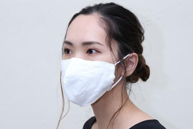 シルク・リネンの通気性で蒸れにくく、涼しく軽いオーガニックマスクが、パワーアップして再登場