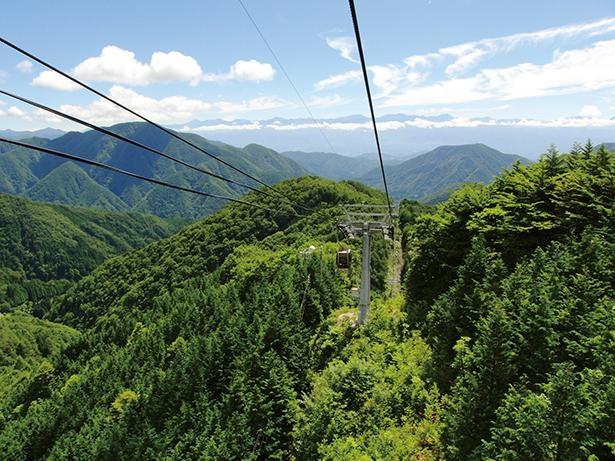南アルプスの雄大な自然を眺めながら、空の旅を楽しもう /「富士見台高原ロープウェイ ヘブンスそのはら」
