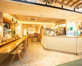 """""""モスのカフェがおしゃれ""""と話題、新業態の1号店 「カフェ 山と海と太陽」オープン"""