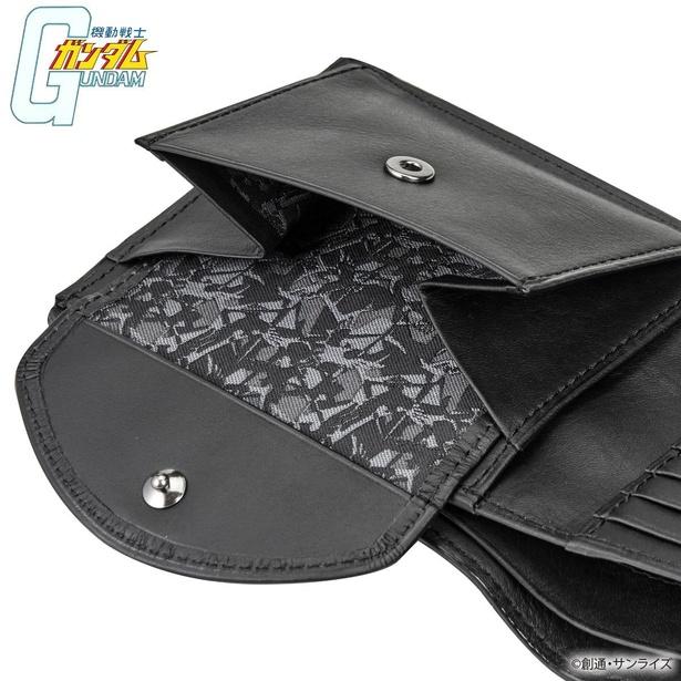 シャアマーク迷彩柄二つ折り財布(税込1万5400円)