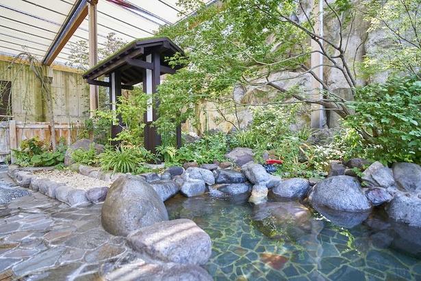 女湯の露天風呂「江戸の庭」(画像は女湯)