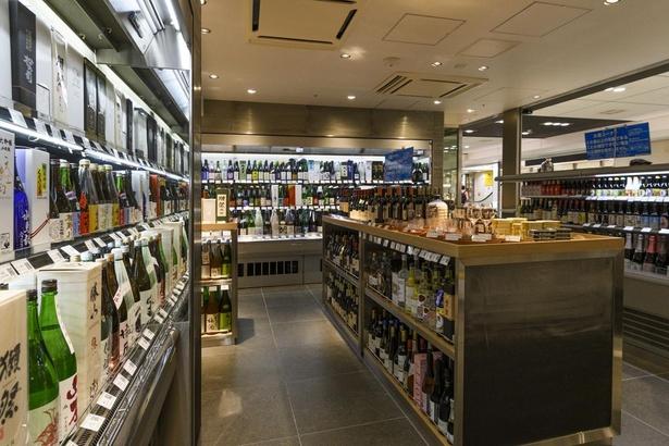 厳選した日本酒をはじめ、焼酎や和のリキュールなど多彩なラインナップが魅力