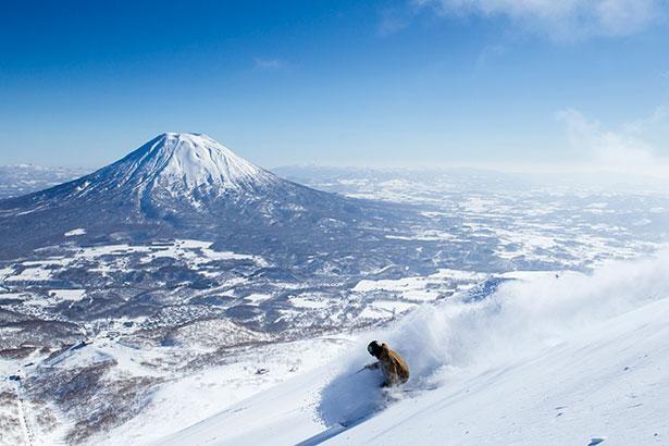 【写真】ニセコのダイナミックな景観で楽しむウインタースポーツは格別