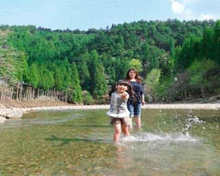 <日帰りドライブ>京都の避暑地でのびのび水遊び!草木染め体験や採れたて野菜も