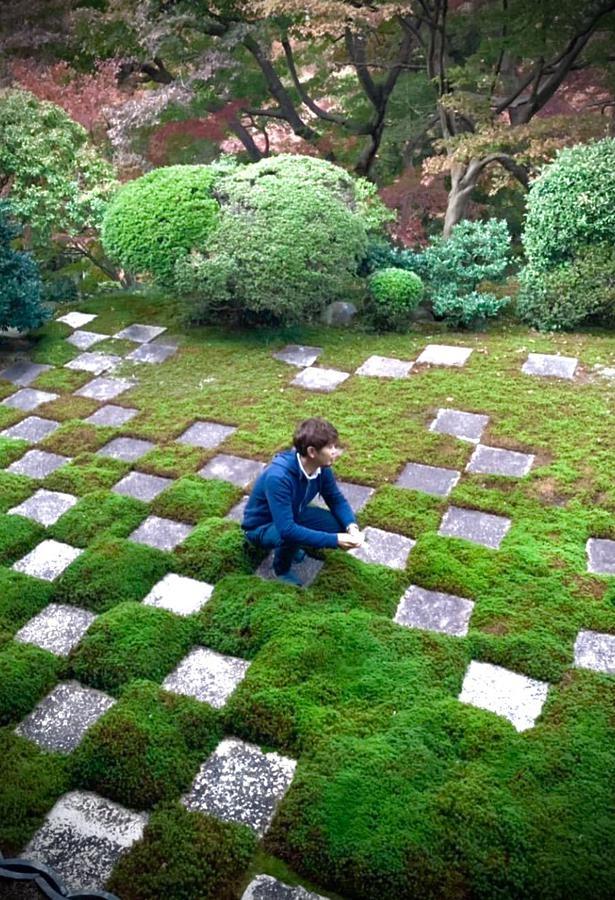 今田さんは苔の生態を知り尽くした、日本で数人しかいない苔テラリウムのスペシャリスト。「苔を長く育てられるように、正しい作り方と育て方を知ってほしい」と話す