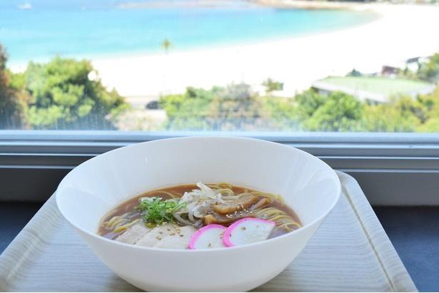 細麺ストレート、豚骨醤油のスープが特徴の「和歌山ラーメン」(税込み800円)