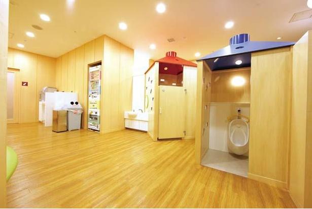 サウスビル3階にある「こどもトイレ」