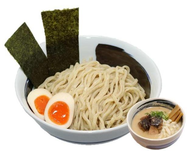 「味玉入り豚骨つけ麺」(並・税込1000円)