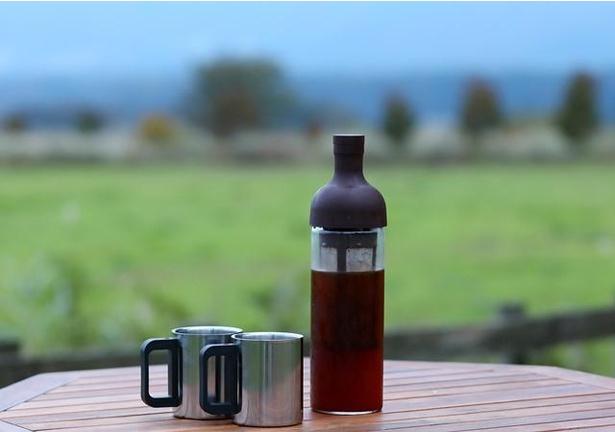 蒜山のおいしい水で抽出する「水出しコーヒーセット」もレンタルできる。1セット500円