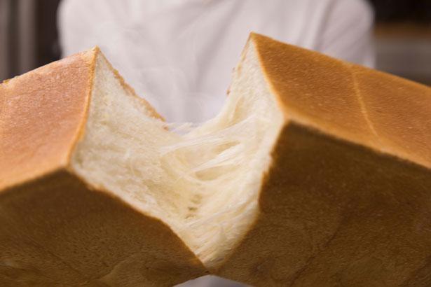 やさしい甘みともちっとした食感が特徴のパンドミ(角食パン)
