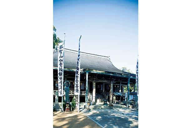熊野信仰の霊場として長い歴史を持ち、桃山時代の面影を残す/那智山青岸渡寺