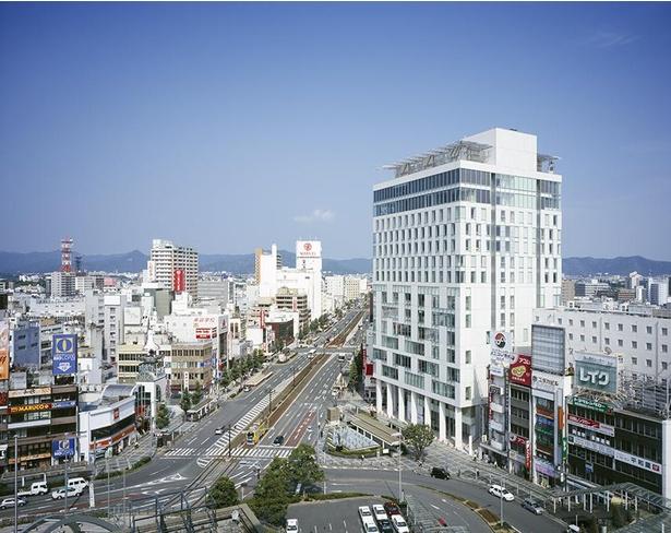 「ホテルアークリッシュ豊橋」はJR、名鉄豊橋駅より徒歩1分とアクセス抜群。遠方からでも行きやすい